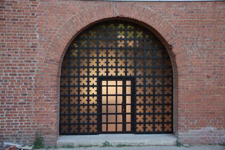 Окна в арочных проемах отреставрировали в Ивановской башне Нижегородского кремля