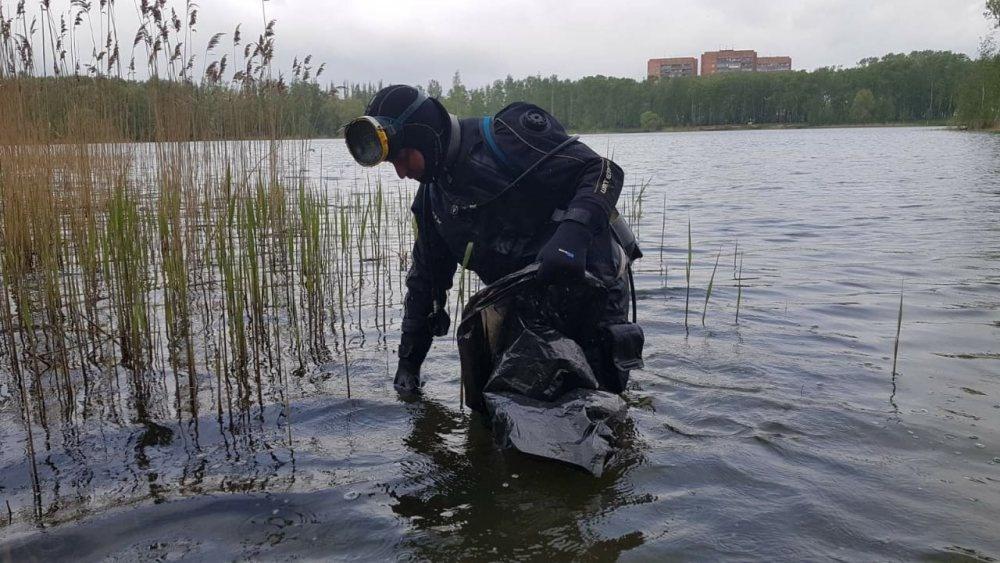 Водолазы достали шесть кубометров мусора из трех нижегородских озер - фото 1