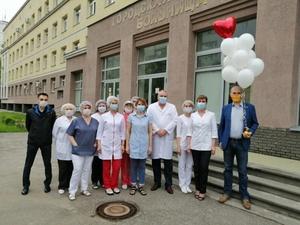 Нижегородским врачам салоны красоты подарили сертификаты на бесплатное обслуживание до конца года