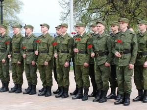 Около 3000 жителей Нижегородской области призовут в армию весной 2018 года