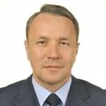 «Целостность дорожного полотна нарушают постоянные раскопки на проезжей части», - Андрей Жижин