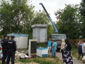 Более ста незаконных продуктовых киосков демонтировали в Сормовском районе