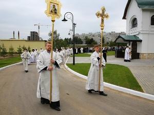 Митрополит Георгий освятил храм в Верхних Печерах