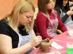 «Школа первобытного гончара» прошла в Университете Лобачевского