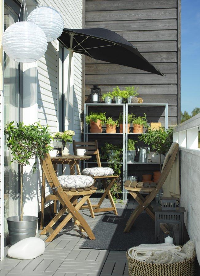 3 идеи благоустройства балкона, которые сделают его любимым местом для отдыха - фото 2