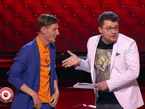 Нижегородская «училка» проверила на грамотность ведущих Comedy Club
