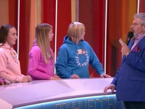 25-летие женского хоккея отметили нижегородские спортсменки на программе «Сто к одному»