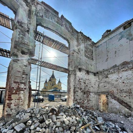 Реконструкция здания фильтровальной станции на нижегородской Стрелке завершится к июлю - фото 1