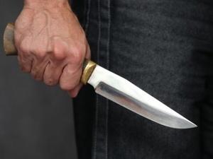 Житель Уреня зарезал женщину кухонным ножом ради ста рублей