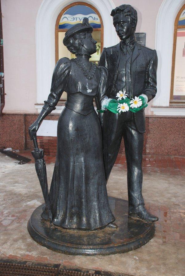 Материнство и любовь: каких женщин и за что увековечили в Нижнем Новгороде - фото 7
