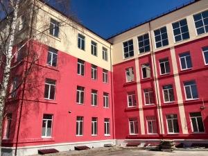 Работы по капремонту школ № 127 и № 141 продолжились в Нижнем Новгороде