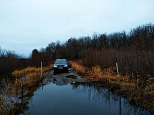 На 15 см ушел под воду участок дороги в Воскресенском районе