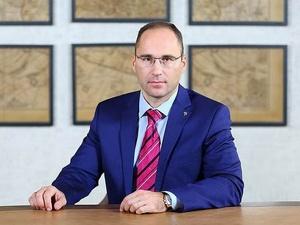 Кипрская компания намерена взыскать с депутата нижегородского парламента Александра Шаронова 2,4 млн рублей